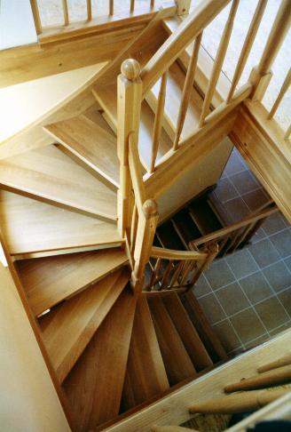treppen und t ren aus polen arche holzhaus. Black Bedroom Furniture Sets. Home Design Ideas